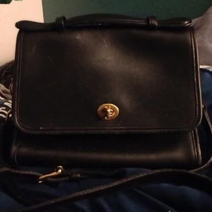 Vintage Coach handbag with removable strap